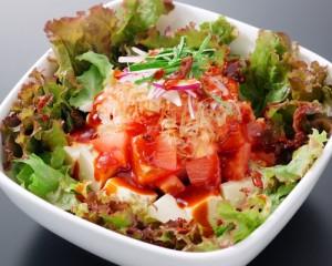 食道園トマトと豆腐のサラダ